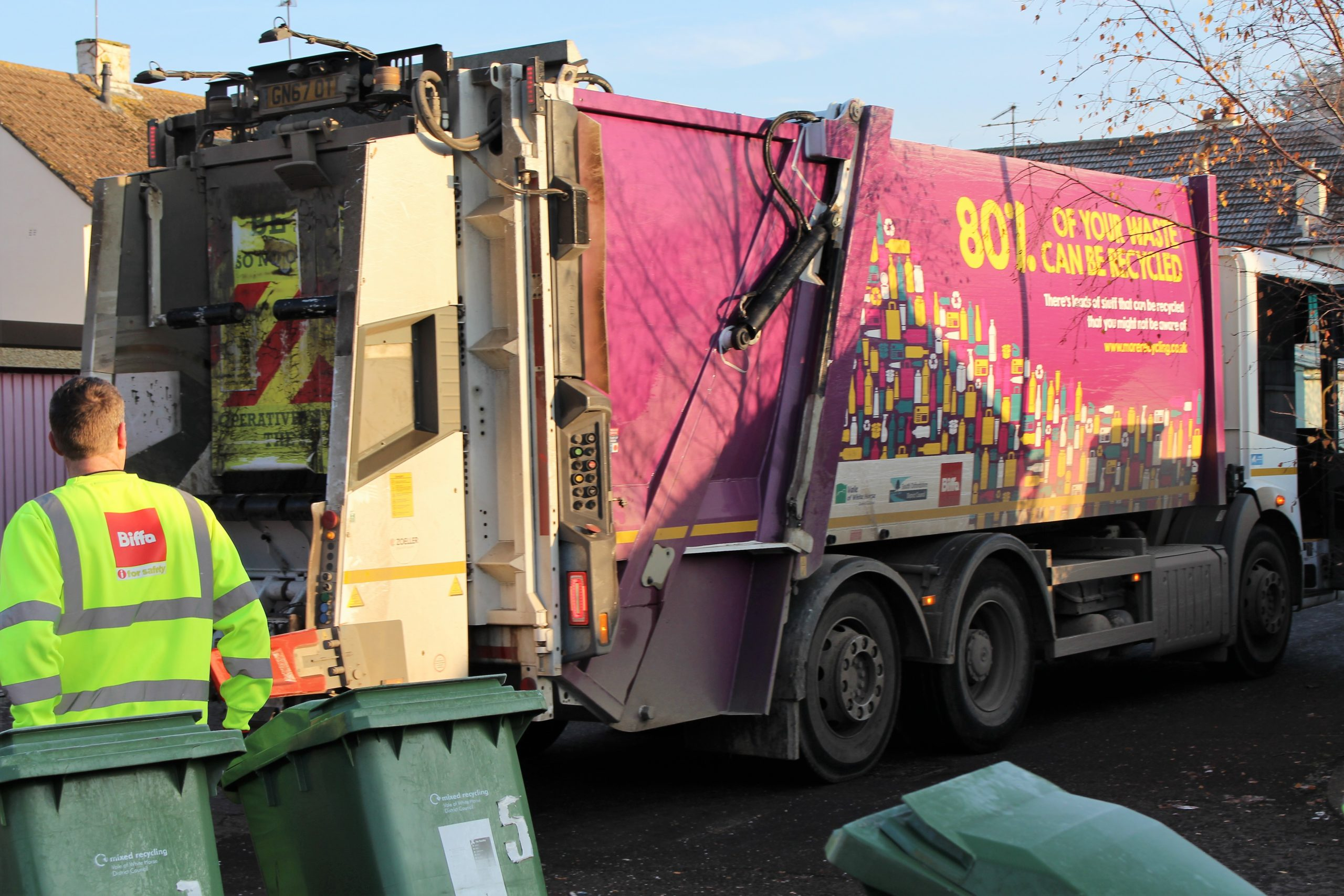 HGV drivers needed to join our bin crews